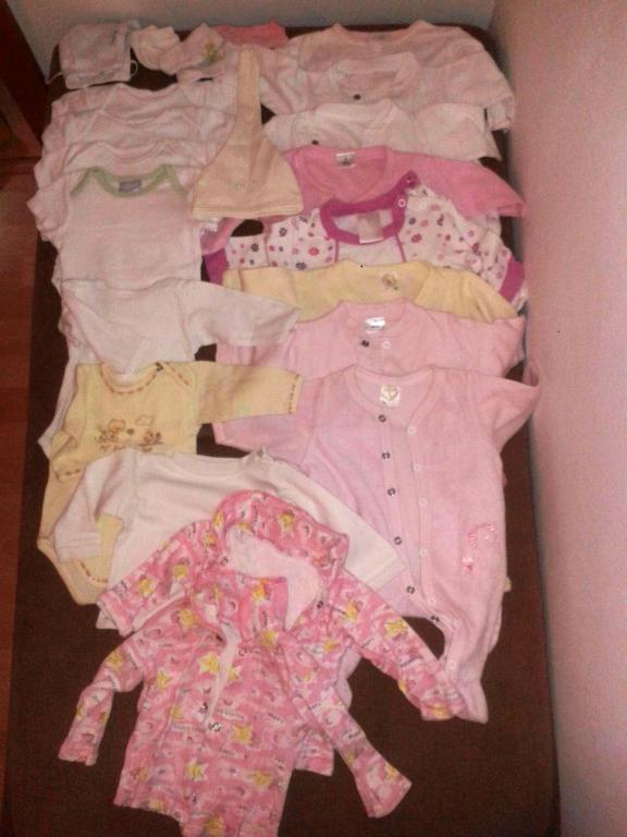 db50fe454 Balík oblečenia č. 56 (dievčatko) - 15,00 € | BabyBurza.sk