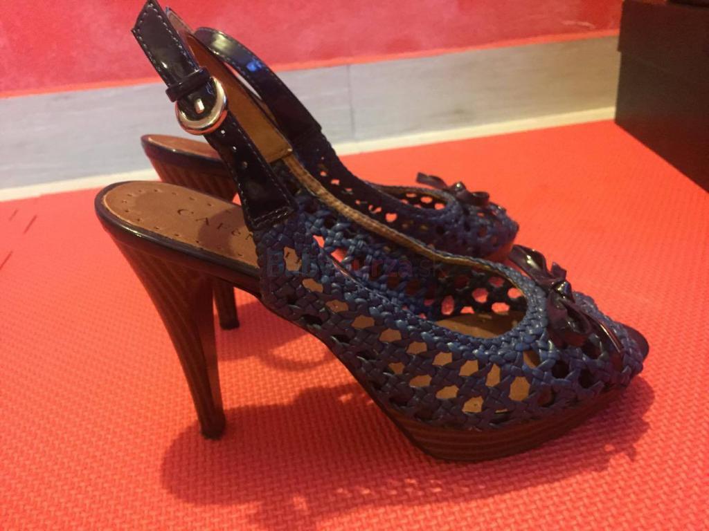 Dámske topánky na opätku zn. CAFÉNOIR - 50 1ee7d355bbb