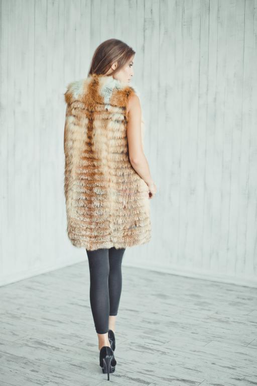 97cb879272 Luxusná dámska vesta z líšky. - 483