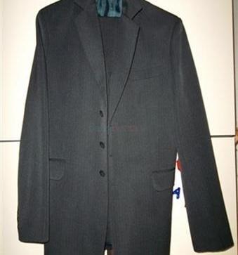 3e9fc2dfa Krásny pánsky oblek, na vysokú postavu - 70,00 € | BabyBurza.sk