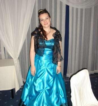 Luxusné spoločenské šaty na mimoriadne príležitosti  Luxusné spoločenské  šaty na mimoriadne príležitosti eae7619b9d6