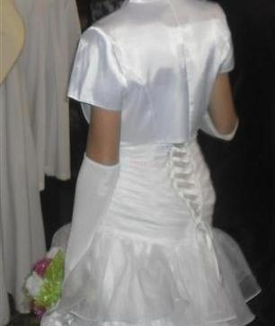 5397b7dc3b40 ... predám biele svadobné šaty 38 40 ...