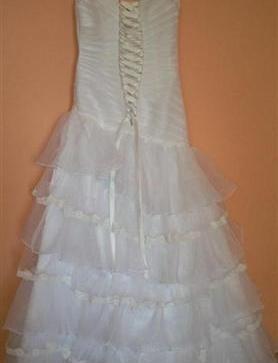 3f0be1067d6b predám biele svadobné šaty 38 40 - 110