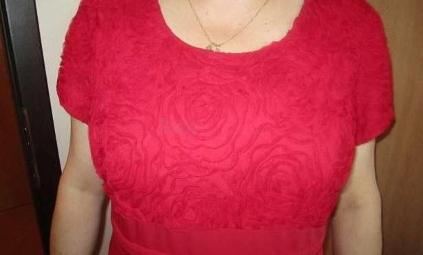PREDÁM kostým červenej farby č. 48 - Dohodou  2206dc83dfd