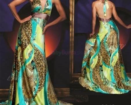 Predám krásne úplne nové spoločenské šaty - 55 56e109c4dfe