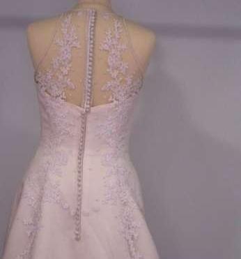 Predám luxusné svadobné šaty  Predám luxusné svadobné šaty 76407a532e8
