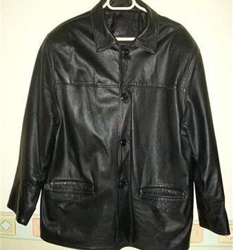1d1cff2d3 Predám pánske čierne kožené sako - 28,00 € | BabyBurza.sk
