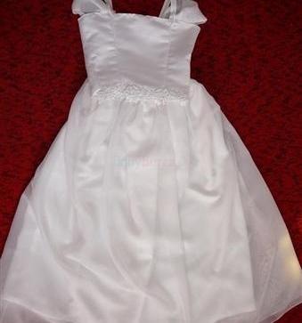 1c1303c5725e Predám šaty na prvé svaté prijimanie 10 ks - 200