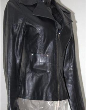 Sako kožené na zip. Nošené .Vel.S-M - 20 139d9e66bb4