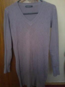 Dlhý fialový svetrík