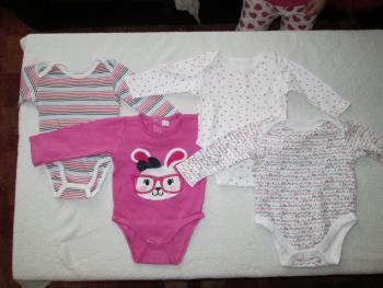Balik č. 2, dievčenské oblečenie veľ. 2-4 mes.