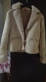 Dámsky kabátik