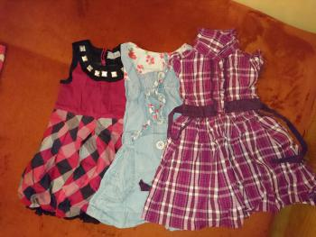 3 šaty na 24 mesiacov