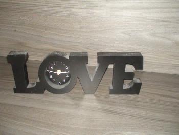 hodiny love