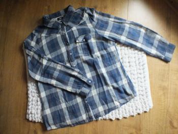 Tmavomodrá károvaná košeľa