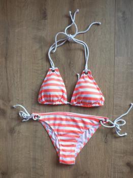 Oranžové plavky