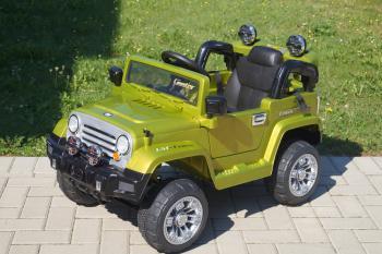 Elektrické autíčko Jeep JJ zelené