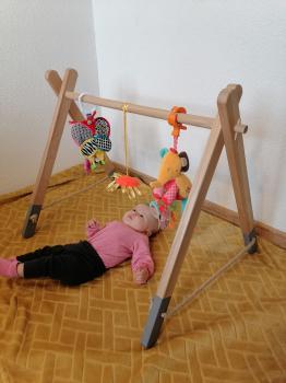 Detská drevená hrazda na zavesenie hračiek /NOVÁ/