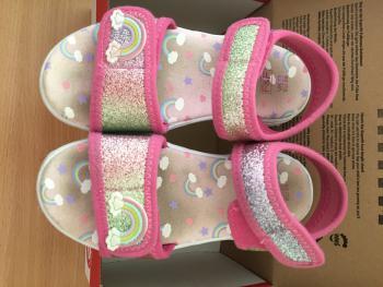 Dievčenské letné sandálky