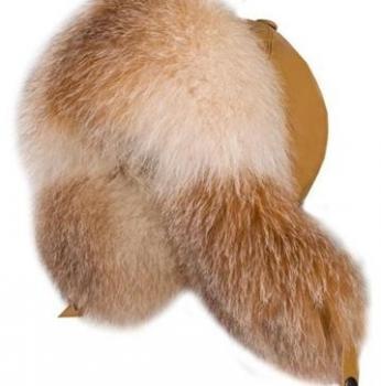 Čiapka z pravej kožušiny, ryšavá líška.
