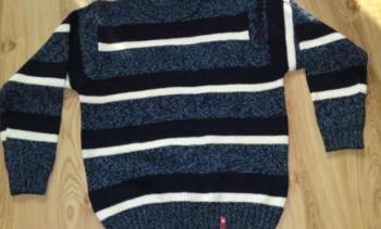 Pánsky sveter veľkosť M/L - M nenosený