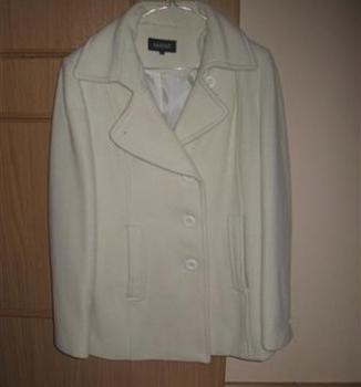 smotanový kabát,v.42