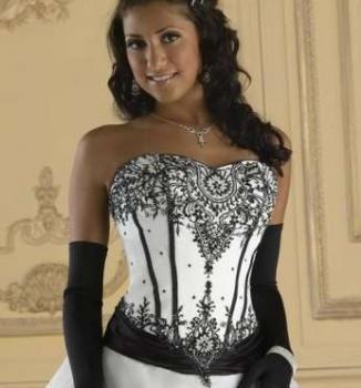 Svadobné šaty čierno biele